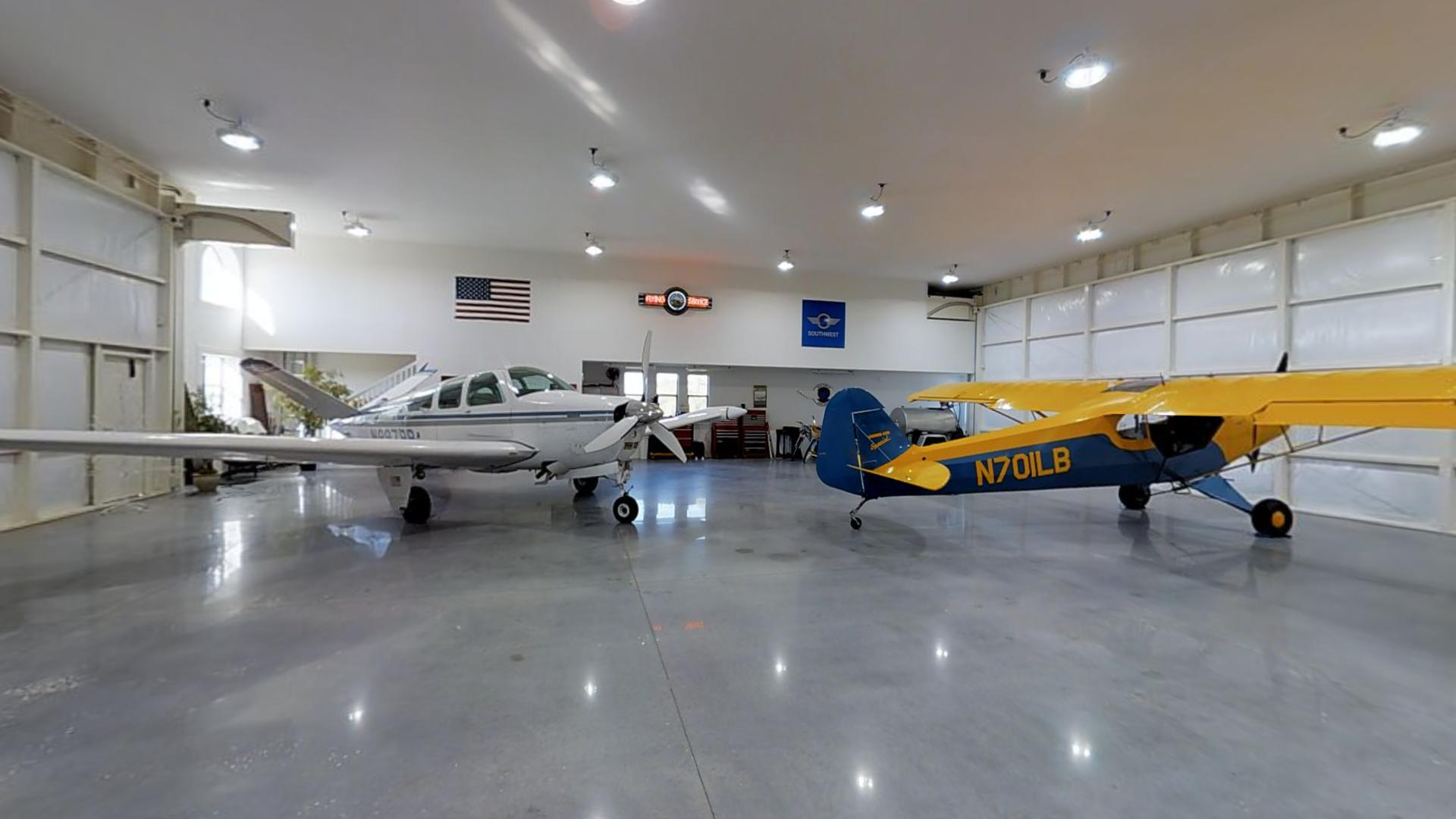 Lima Bravo Aviation, LLC Hangar @ Love's Landing 97FL